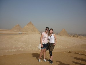 Tour to Pyramids and The Egyptian Museum from Ain El Sokhna Port
